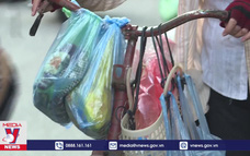 Khó thay đổi thói quen dùng nhựa 1 lần