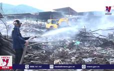 Hải Phòng cháy kho phế liệu tại làng nghề Tràng Minh