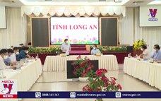 Bộ trưởng Bộ Y tế đề nghị Long An chuẩn bị đủ nhân lực, vật lực để điều trị F0