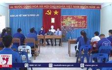 Đoàn Thanh niên Lào hỗ trợ lưu học sinh Việt Nam