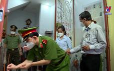 Thăm gia đình chiến sĩ công an hy sinh khi tham gia chống dịch