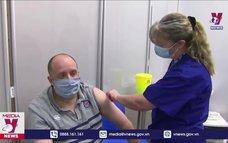 Tiêm đủ liều vaccine phòng COVID-19 giảm mạnh nguy cơ mắc bệnh