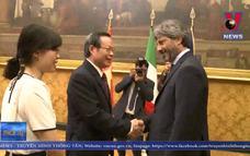 Phó Chủ tịch Quốc hội Phùng Quốc Hiển làm việc với Hạ viện Italy