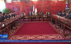 Phó Thủ tướng Vương Đình Huệ gặp Phó Tổng thống Cộng hòa Bờ Biển Ngà