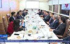 Đẩy mạnh xúc tiến đầu tư thương mại Việt Nam-Ấn ĐộTừ ngày 23-27/2, đoàn công tác do Bộ trưởng Bộ Kế hoạch và Đầu tư Nguyễn Chí Dũng dẫn đầu đã có chuyến thăm và làm việc tại Ấn Độ, theo lời mời của Cơ quan cải cách thể chế quốc gia Ấn Độ.
