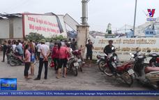 21 người thương vong do gió lốc gây sập các xưởng gỗ