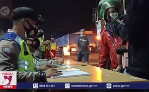 Indonesia kéo dài lệnh hạn chế hoạt động cộng đồng