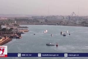 Ai Cập nỗ lực giải tỏa tắc nghẽn ở kênh đào Suez