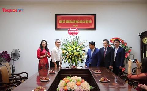 Bộ trưởng Nguyễn Ngọc Thiện thăm, chúc mừng Ngày Nhà giáo Việt Nam