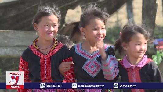 Đồng bào Mông ở Tà Số đón Tết cổ truyền