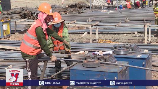 Siết chặt quản lý lao động nước ngoài tại các dự án điện gió