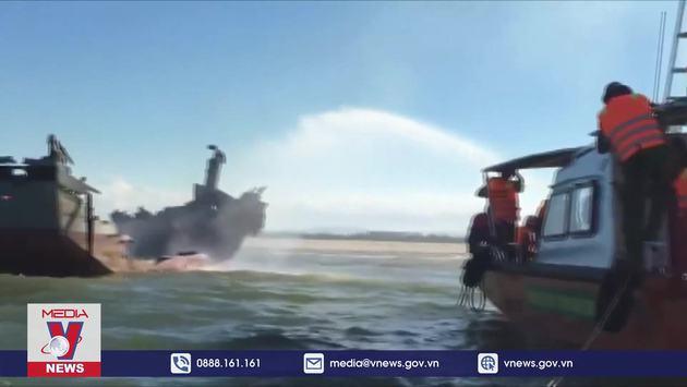 Chưa tìm được nguyên nhân cháy tàu trên biển Hội An, Quảng Nam