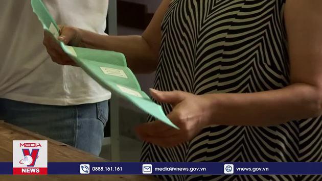 Kết quả sơ bộ bầu cử địa phương và trưng cầu ý dân tại Italy