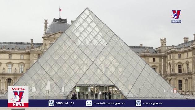 Pháp chi hàng chục tỉ EUR hỗ trợ ngành du lịch
